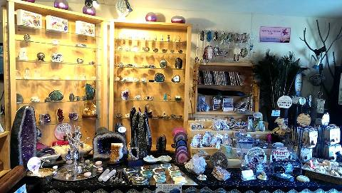 Sandy Cristels Crystal Shop